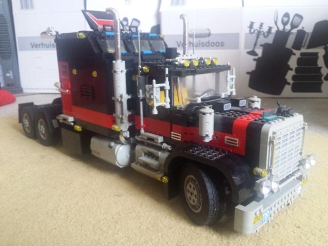 Lego_Giant_Truck_5571-02