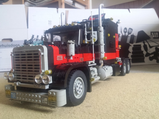 Lego_Giant_Truck_5571-05