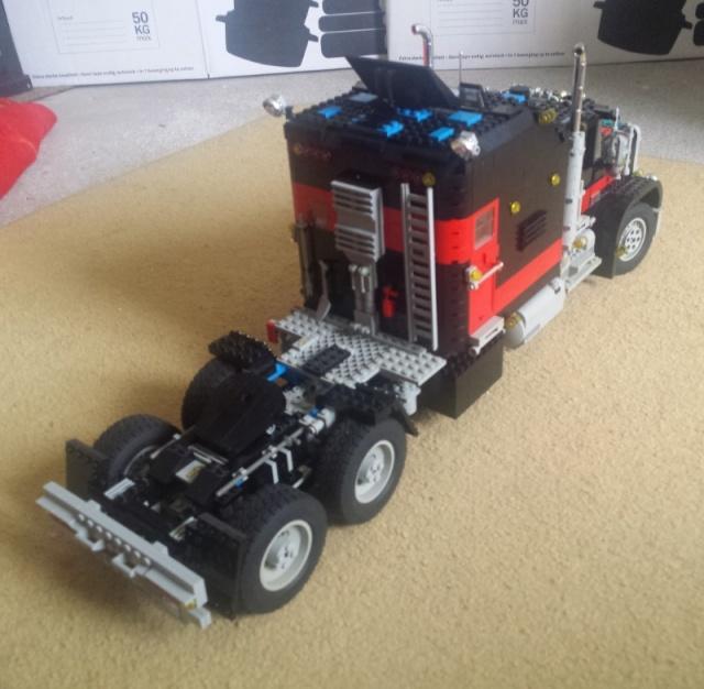 Lego_Giant_Truck_5571-10