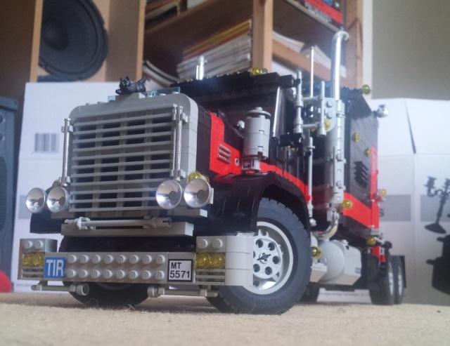 Lego_Giant_Truck_5571-11