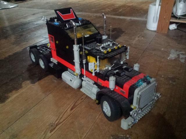 Lego_Giant_Truck_5571-v1