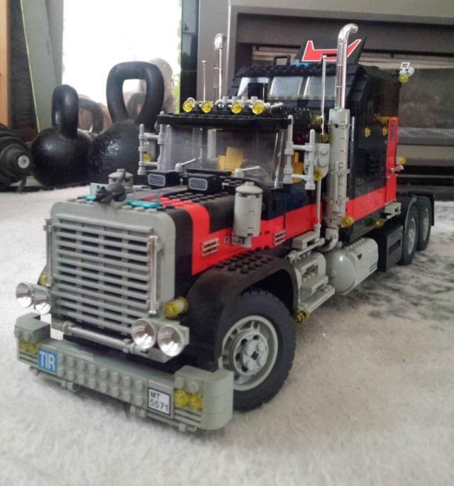 Lego_Giant_Truck_5571-v2