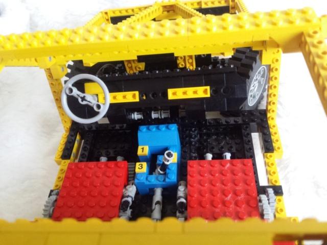LEGO_car_8860-05