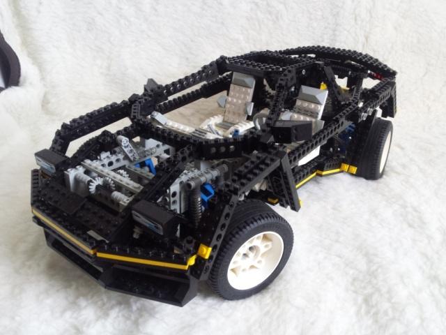 LEGO_super_car_8880-01