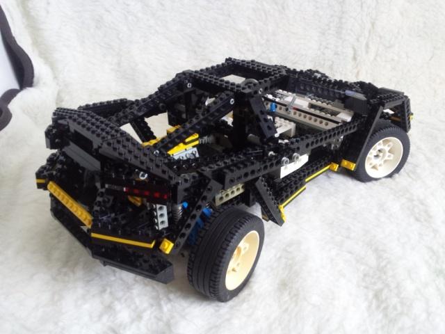LEGO_super_car_8880-02