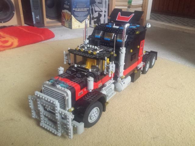 lego_giant_truck_5571-v4-a.jpg