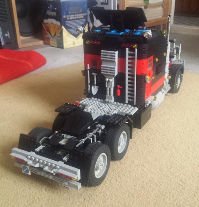 lego_giant_truck_5571-v4-b.jpg