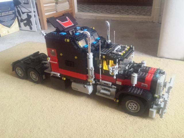 lego_giant_truck_5571-v4-c.jpg