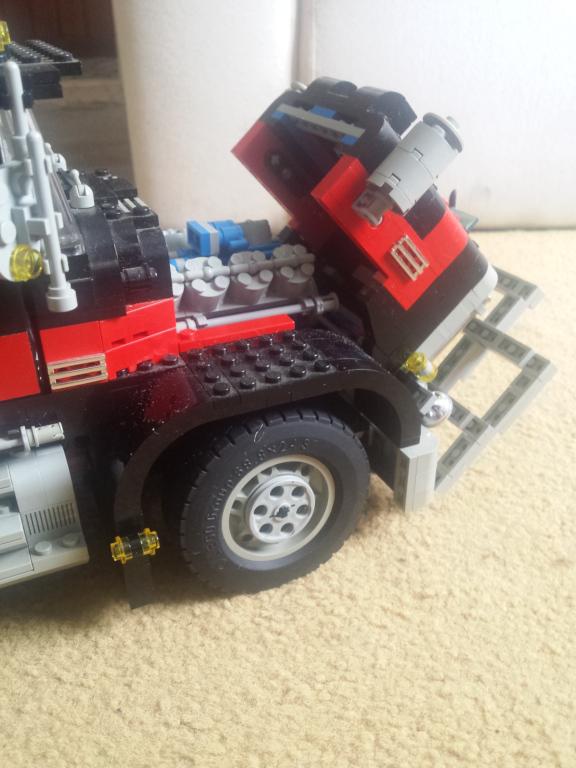 lego_giant_truck_5571-v4-e.jpg