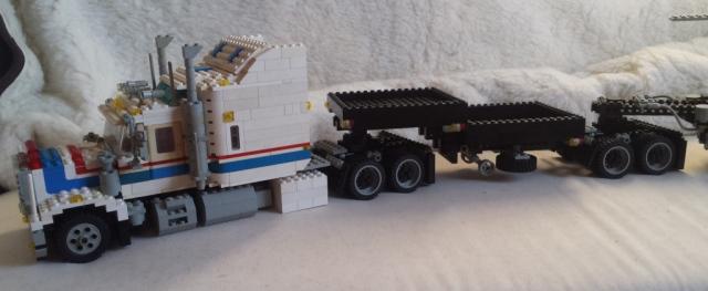 lego_highway_rig_5580-v2-b_train-b.jpg