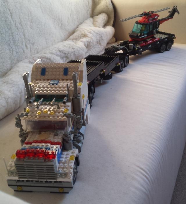 lego_highway_rig_5580-v2-b_train-c.jpg